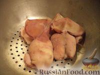 Фото приготовления рецепта: Салат с кальмарами - шаг №3
