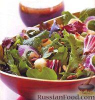 Фото к рецепту: Салат с куриным филе и экзотической заправкой