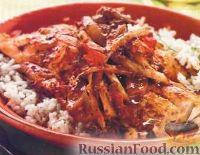 Фото к рецепту: Жареный окунь с томатным соусом
