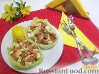 Фото к рецепту: Легкий салат с соленой горбушей