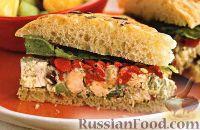 Фото к рецепту: Сэндвичи из фокаччи с куриным салатом