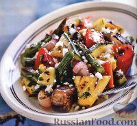 Фото к рецепту: Салат из печеных на гриле овощей