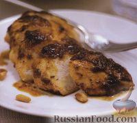 Фото к рецепту: Куриное филе, жаренное под ореховым песто