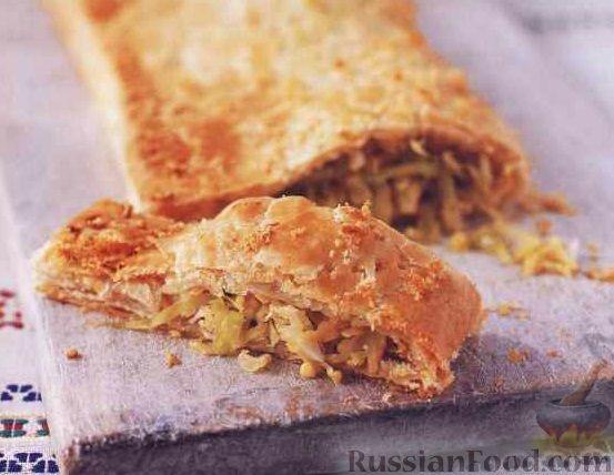 Кулебяка с капустой и яйцом пошаговый рецепт