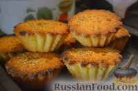 Фото к рецепту: Кексы с вишней