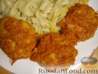 Фото к рецепту: Тефтели из куриного филе, с сухарями