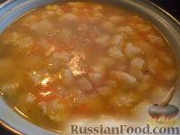Фото к рецепту: Суп с куриной грудкой и клецками