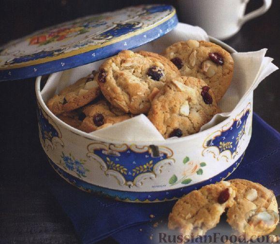 Рецепт Печенье с белым шоколадом, клюквой и макадамским орехом