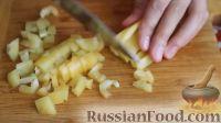 """Фото приготовления рецепта: Куриная грудка """"под шубой"""", в духовке - шаг №8"""
