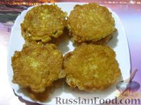 """Фото к рецепту: """"Пирожки"""" из вафельных коржей, с картофелем и черемшой"""