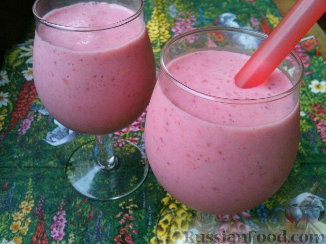 клубничный молочный коктейль рецепт