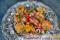Фото к рецепту: Жаркое из баранины (с мини-булочками)