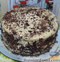 Фото приготовления рецепта: Большой праздничный торт - шаг №14