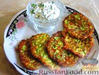 Фото к рецепту: Оладьи из кабачков, с твёрдым сыром