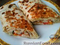 Фото к рецепту: Лаваш с начинкой (домашняя шаурма с мясом и овощами)