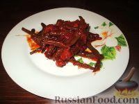 Фото к рецепту: Стручковая фасоль с колбасками