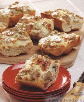 Рецепт Бутерброды из багета с грибами, сыром и зеленым луком
