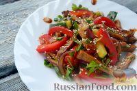 Фото к рецепту: Салат с языком, по-китайски