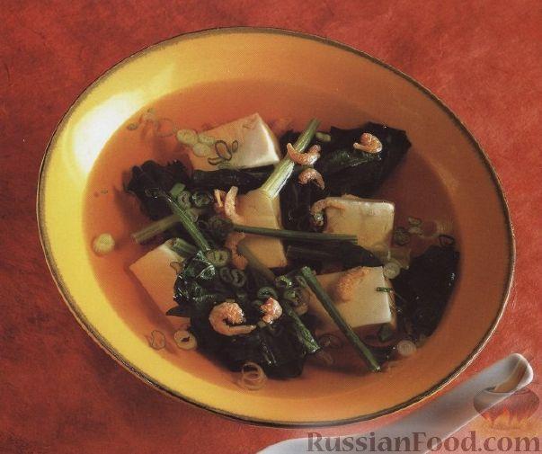 Рецепт Быстрый суп с сыром, креветками и шпинатом