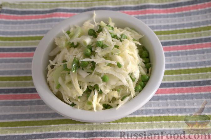 как приготовить салат из свежей капусты и горошка