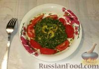 Фото к рецепту: Креветки с фунчозой и шпинатом