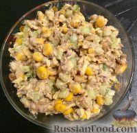 Рецепт салата с кукурузой и кириешками