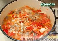 Фото приготовления рецепта: Салат с грибами на зиму - шаг №8