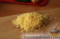 """Фото приготовления рецепта: Слоеный салат """"Нежность"""" - шаг №12"""