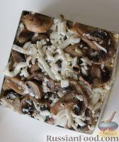 """Фото приготовления рецепта: Слоеный салат """"Нежность"""" - шаг №17"""