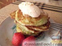Фото к рецепту: Оладьи из кабачков, на кефире (сладкие)
