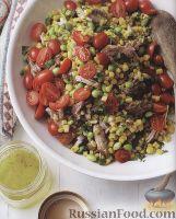 Фото к рецепту: Салат со свининой и кукурузой