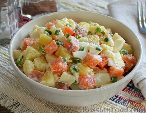 Салат из картошки и рыбы