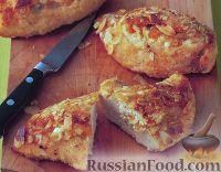 Фото к рецепту: Миндально-абрикосовая курица с мятным соусом песто