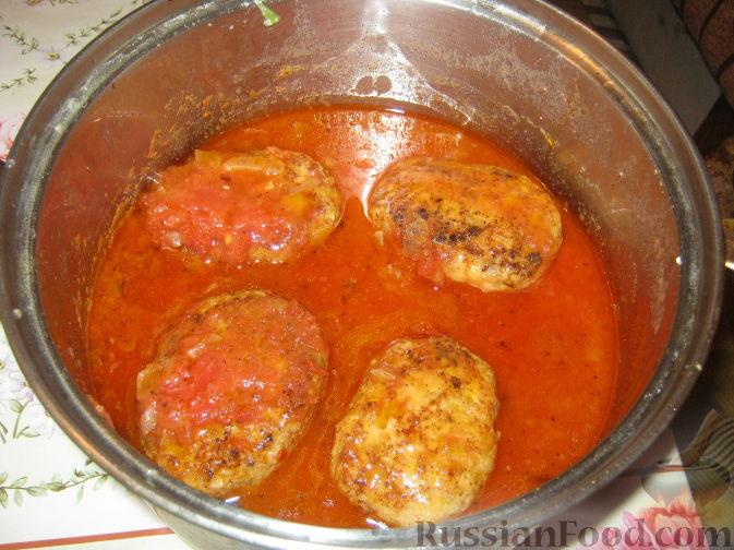 Котлеты в томатной подливе