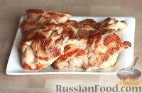 Фото приготовления рецепта: Курица в маринаде из майонеза и соевого соуса - шаг №5