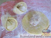 Фото приготовления рецепта: Равиоли с мясом и сыром - шаг №7
