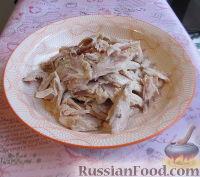Фото приготовления рецепта: Суп с курицей, овощами и яйцами - шаг №4