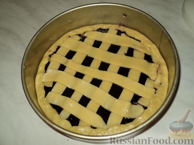 Пирог из черничного варенья