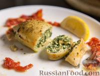 Фото к рецепту: Кальмары, фаршированные шпинатом и сыром рикотта