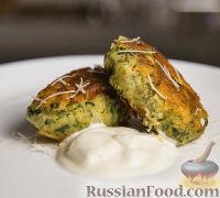 Фото к рецепту: Картофельные котлеты с сыром, шпинатом и чесноком