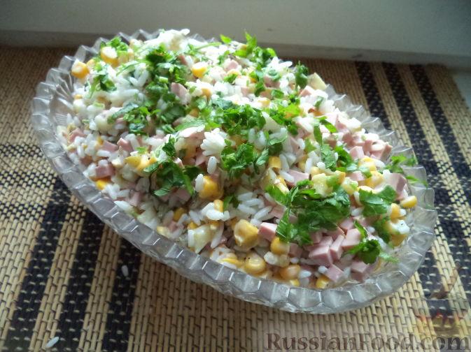 Рецепт салата с кукурузой яйцами колбасой #1
