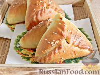 Фото к рецепту: Пирожки с пекинской капустой и мясом
