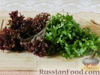 """Фото приготовления рецепта: Салат """"Новогодний венок"""" - шаг №6"""