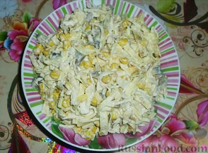 салат кукуруза,блинчики рецепт