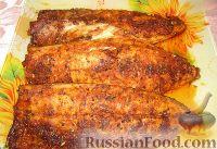 Фото к рецепту: Запеченная скумбрия с чесноком и паприкой