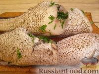 Фото приготовления рецепта: Рыба, запеченная в фольге - шаг №4