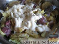 Фото приготовления рецепта: Свинина, запеченная с картофелем - шаг №5