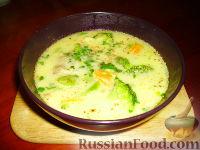 Фото к рецепту: Сырный суп с брокколи