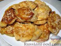 Фото к рецепту: Оладьи с яблоком и кунжутом