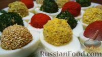 Фото к рецепту: Яркие фаршированные яйца